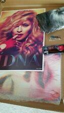 Madonna MDNA 2012 Official VIP Tour Souvenir kit, Program, key ring med tshirt