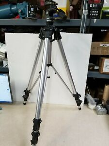 Manfrotto 3058 Tripod W/ 3039 Super-Pro 3 Way Camera Tripod Head