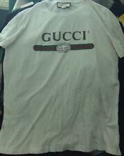 Gucci Belt Logo Tshirt Size Medium ( Oversized) Retail $590