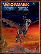 Miniature elfi oscuri per gioco di strategia Warhammer Fantasy Battle