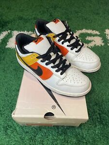 "NIKE DUNK LOW ""RAYGUN HOME"" 2005 - Size 10.5 - 304292 802 (2534-28"