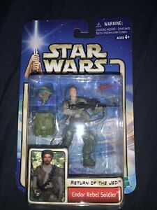 Star Wars AOTC - ENDOR REBEL SOLDIER - 3.75 Figure MOC 2002 Hasbro