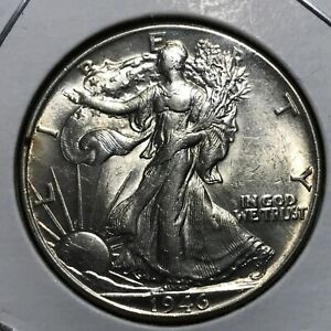 1946 WALKING LIBERTY HALF DOLLAR BRILLIANT UNCIRCULATED COIN