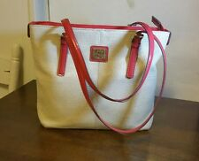 Liz Clairborne Handbag coral/beige woven w/zipper compartment and back pocket