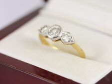 Exceptional Diamond Trilogy Ring 18ct Gold Ladies Size K 750 3.5g AW81