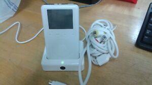 3rd Generation 20 GB Ipod White / Silver Dynex AV USB Charging Base AS-IS
