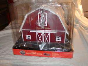 Lionel 2229120 Christmas Barn Plug Expand Play O 027 New 2021 MIB