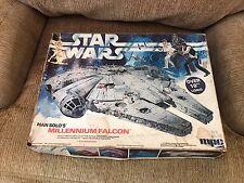 1979 MPC STAR WARS Han Solo's Illuminated MILLENNIUM FALCON Model Kit in Box