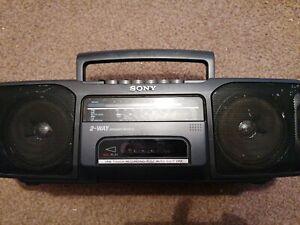 Sony Cfs-200Lradio cassette Recorder