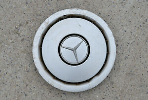 1x Mercedes W124 15 inch  wheel trim hub cap cover 1244010424