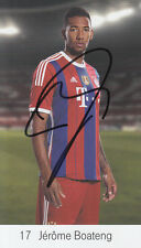 Il Bayern Monaco mano firmato JEROME BOATENG CLUB CARD FOTO.