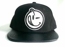 YUMS Melton Wool Leather Adjustable Snapback Hat/Cap Black And White >NEW<