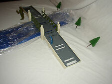 LIONEL PRE-WAR O GAUGE 106 BRIDGE WITH 2 EXTENSION APPROACH SECTIONS LOT #C-38