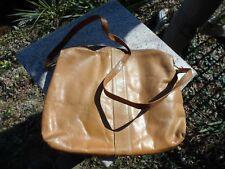 Vintage 1970's Boho Distressed Tan Leather Saddle HandBag Shoulder Zipper Purse