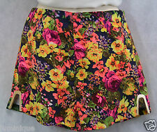 **WHITE CLOSET** $39.95 NWoT Gold Metal Floral Shorts 8 S Club Skirt