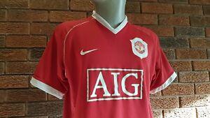 Manchester United football shirt 2006. Size Large