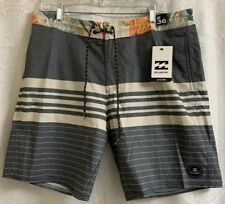 Men's Billabong Board Shorts Size 36 NWT Low Tides Gray With Beige Stripes