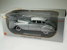 Signature Models 1933 Pierce Arrow Silver 18136 1/18 - NIB