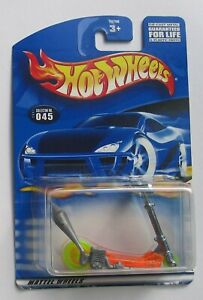 Hot Wheels MO' SCOOT 2001 First Editions #33 Scooter MOSC Near-Mint