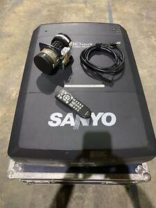 SANYO PLC-XF47 multinedia Projector With Lens And Hard Carry Case