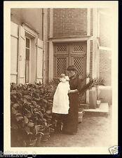 35. photo ancienne . env. de Fougères .  Montaubert . Mme Xavier De Saint M....