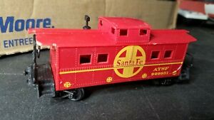 I3  HO Scale Train VINTAGE ATSF SANTA FE RED CABOOSE clean sjdaio