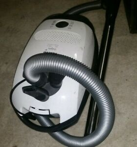 Miele Delphi C1 300-1200w Canister Vacuum Model