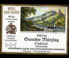"ETIQUETTE ANCIENNE de VIN ""GRAACHER MUNZLAY / GPATLESE"" de BERNKASTEL en 1967"