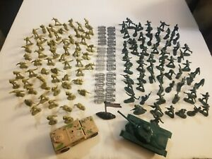 139 PIECE TOTAL ARMY TANK HUMVEE AMERICAN FLAG SOLDIERS PLASTIC TOYS