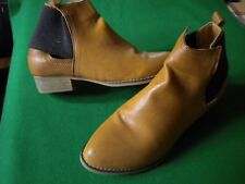 LADIES NEAR NEW LAVISH  BROWN ANKLE PULL ON BOOTS SIZE 9/40