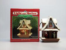 Hallmark Magic Ornament 1988 Last Minute Hug - Mr & Mrs Santa - #QLX7181-NOTAG