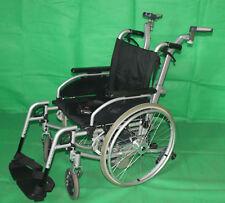 Leichtgewicht Rollstuhl B+B Pyro Start Plus Brems- und Schiebehilfe Alber V25