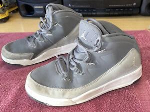 Nike Air Jordan Basketball Shoes Boysz Size 2Y Double Grey White 807719-003 Nice