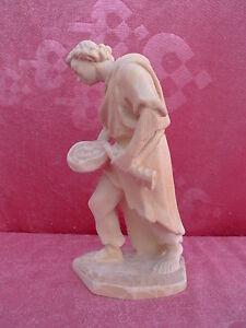 Belle Crèche __ Paysanne Avec Cruche __ Bois Sculpté _ Tyrol _17cm_Figurine en
