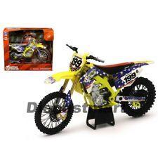 New Ray Motorcycles 1:12 Suzuki RMZ450 Nitro Circus #199 Travis Pastrana 57993
