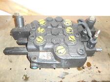 Case skidsteer 3 spool hydraulic control valve  Part # 87527175