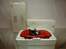 CREATIVE MASTERS 8672 DODGE VIPER RT/10 - RED 1:20 - GOOD IN BOX