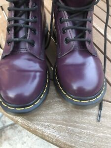 DR MARTEN Purple Leather Air Wair Ankle Boots 1460 W - Size 4- Bouncing Soles