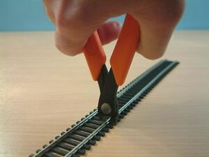 XURON Vertical Track Cutter 2175M HO,00,N & Z Gauge Rails *FREE P&P* *UK Stock*