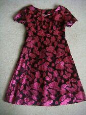 """Mini vestido Vintage década de 1960 Rosa y Negro Lurex Bebé Muñeca Busto totalmente forrado 34"""""""