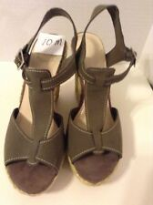 Nine West Women's Wedge 10 Medium B Olive Green Solid Suede High (3 in) Shoe