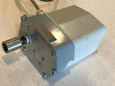 Crouzet 88.614.7 886147 Gear Motor 220 VAC 50Hz SD1043.00 5U/Min R