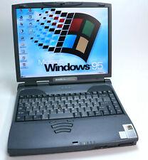 Windows 95 retro portátil toshiba satellite pro 4300 4360 700 MHz 40 gb rs-232 dos