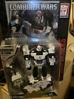 Transformers Combiner Wars PROWL Deluxe Class Figure With Comic MOSC