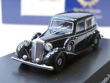 Bos Mercedes G-modelo papá móvil 87675-1:87 230 ge Weiss met