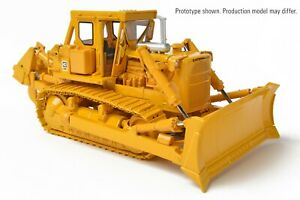 CATERILAR D-8K WITH SINGLE SHANK RIPPER BY CCM