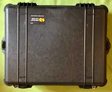 Peli Pelican 1600 Protector Case with Lid, Base and 2 uncut Foam Insert in Black