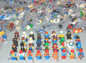 10 Genuine LEGO Minifigures complete with hat/hair + accessories random various