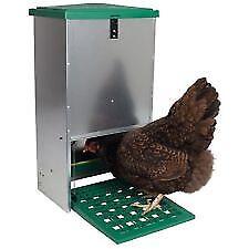 Eton Vermin-resistant Treadle Feeder 5kg.