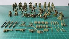 Airfix British Support Group 1/32 Scale, 29 figs + Accs, some painted/damaged